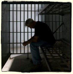 man_in_prison.jpg