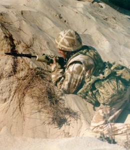 British_soldier_during_Operation_Desert_Shield