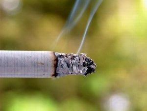 Cigarette_smoke