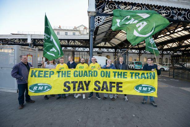 pay-southern-rail-train-strike