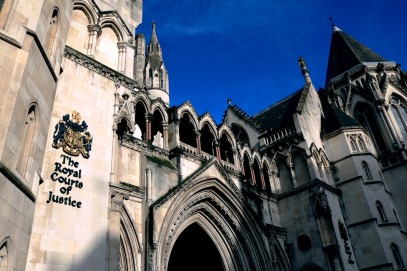 the-royal-courts-of-justice-1648944_1280.jpg